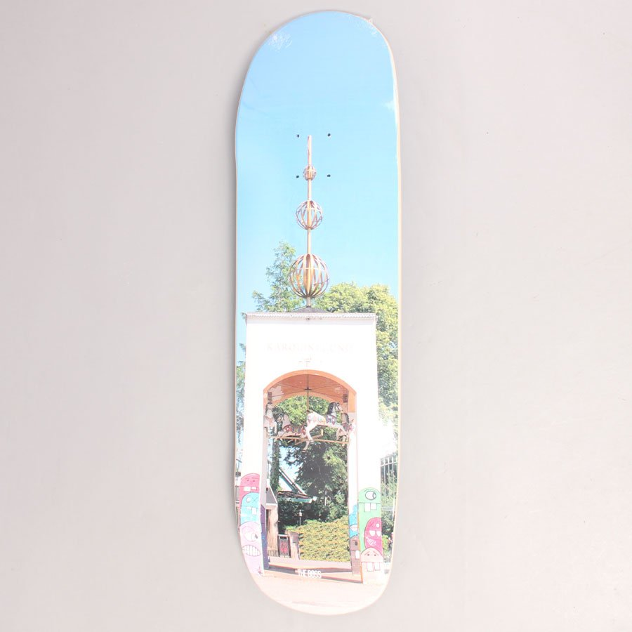 "The Boss Lundenlife Entry Skateboard Deck - 8,625"""