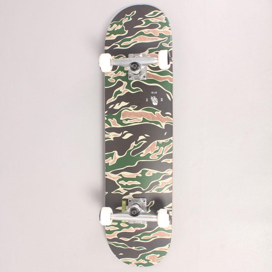 "Globe Tiger Camo Complete Skateboard - 8,00"""