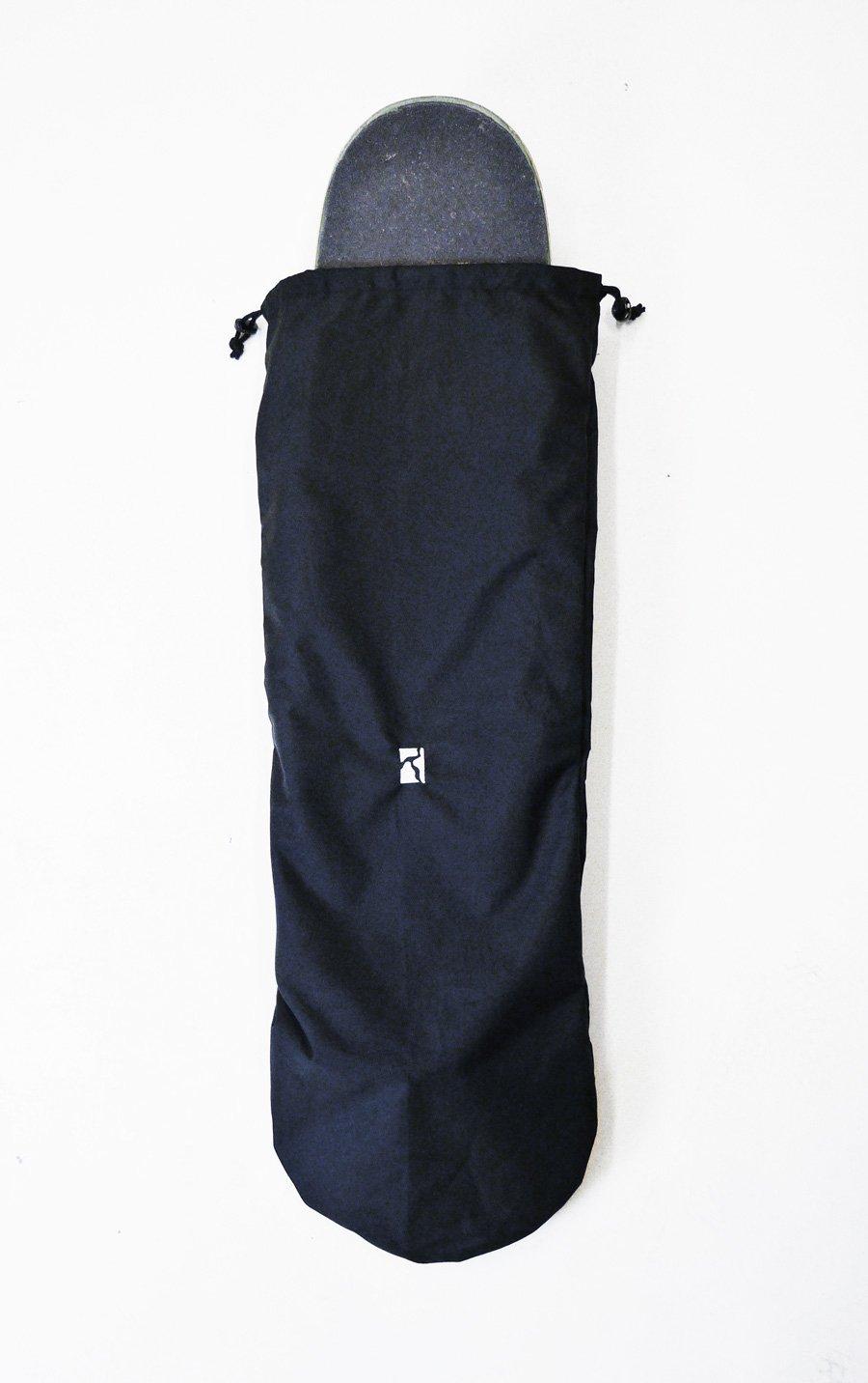 Poetic Collective Skateboard bag - Black